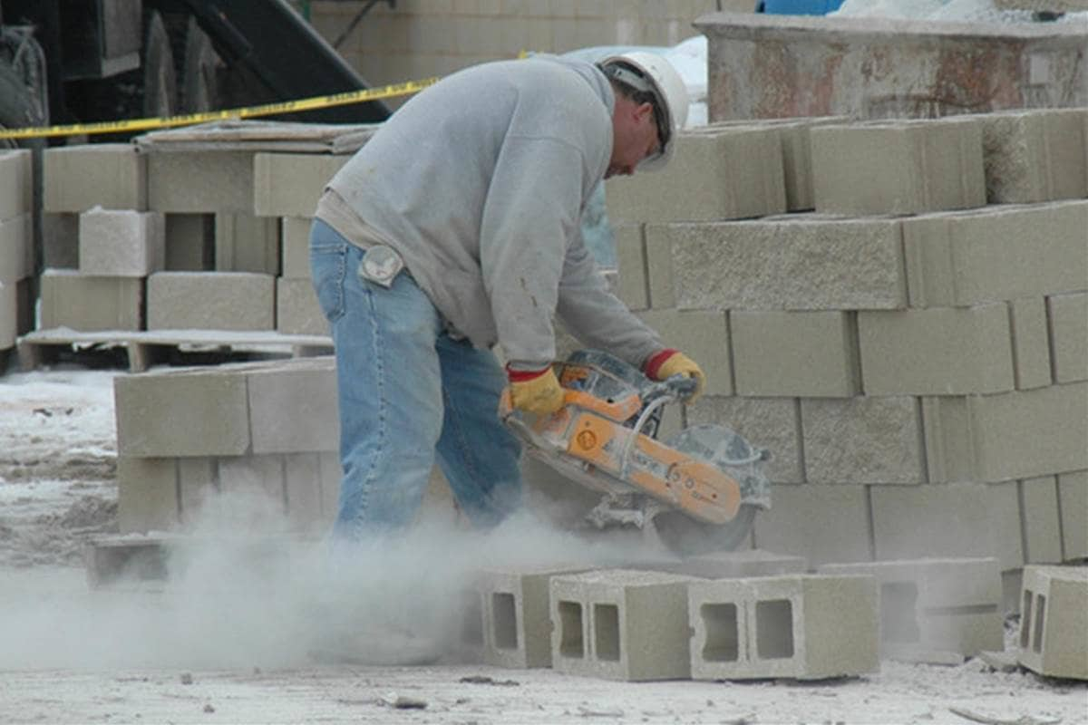 Image of a construction worker working on a construction site.