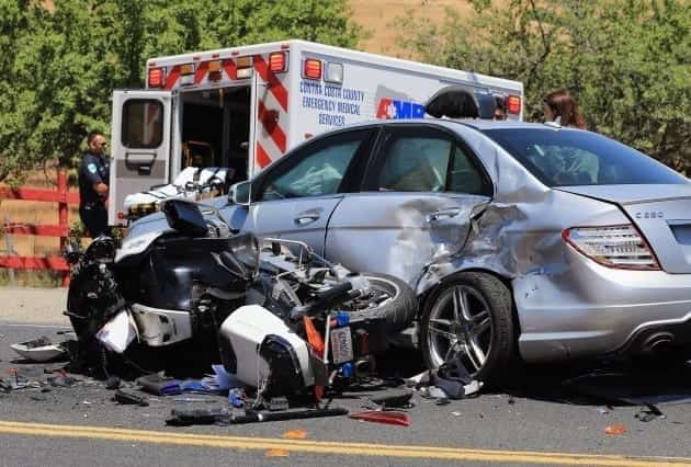 Motorcycle accident; image by Joshua Kimberly (Own work), CC BY-SA 4.0, via Wikimedia Commons, no changes.