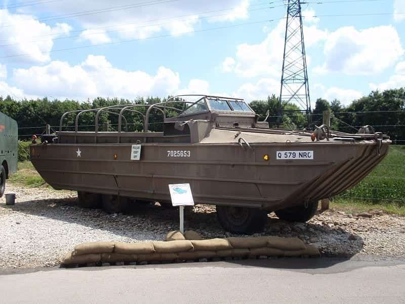 Image of a duck boat