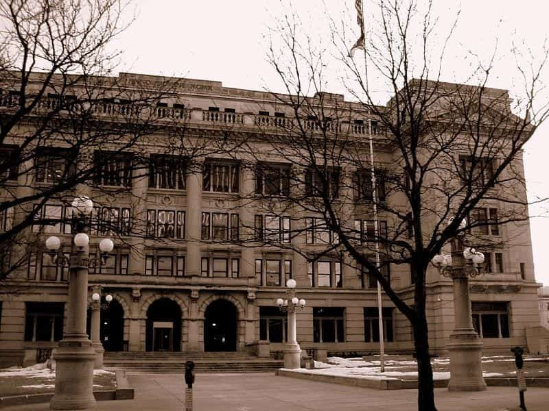 Image of the Douglas County Courthouse in Omaha, Nebraska