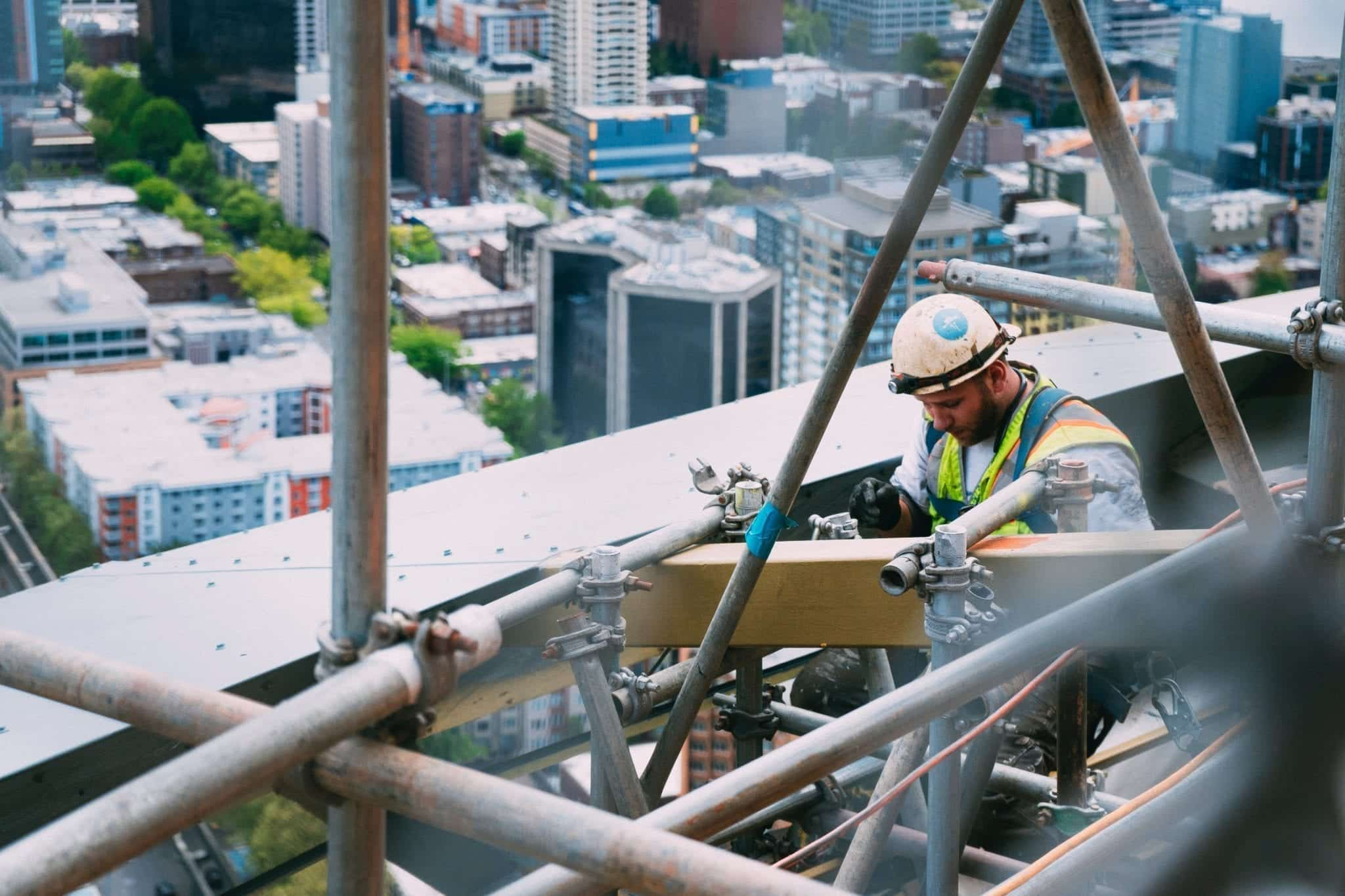Survey Indicates Construction Workers at High Risk of Opioid-related Deaths